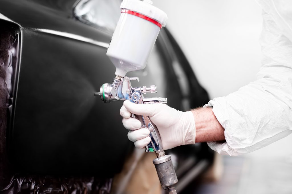 Hinzman Auto Repair & Refinish offers automobile painting services in Elkins, WV